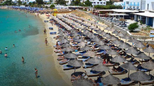 Τουρισμός – Τα δύο νησιά των Κυκλάδων που είχαν άνοδο 150% στις αφίξεις τουριστών