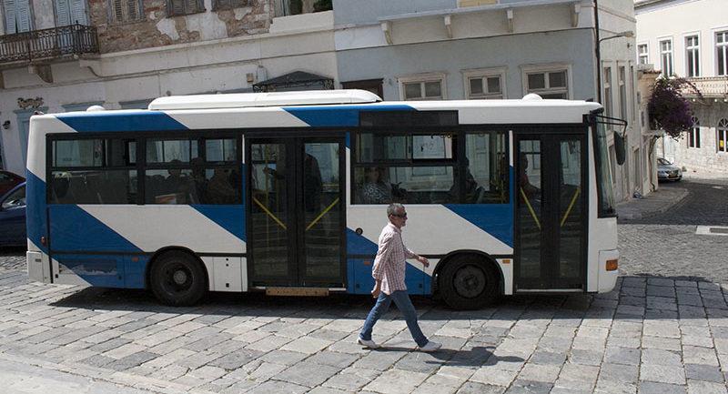 mini bus ermoypoli