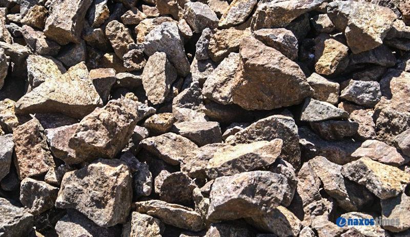 ραδιενεργά βράχια γνωριμιών καλύτερο FTM ραντεβού site