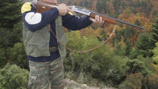 Νάξος: Συγκέντρωση διαμαρτυρίας για την παράταση απαγόρευσης του κυνηγιού και του ψαρέματος