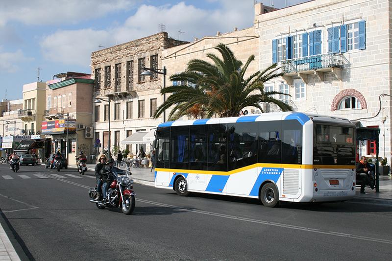 mini bus ermoypoli 1