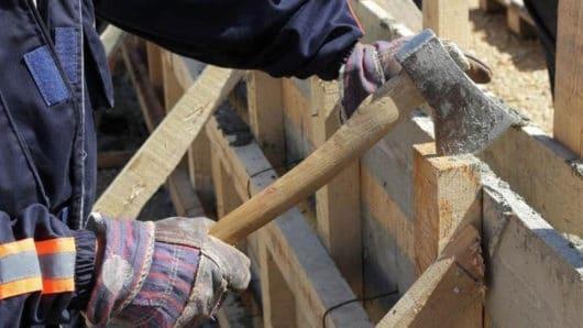 Συλλήψεις για παράνομες οικοδομικές εργασίες σε Μύκονο και Νάξο