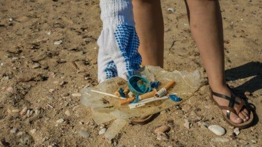 Στη Σέριφο η πρώτη smoking-free παραλία στην Ελλάδα