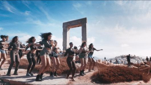 Κοντά 1 δισ. views το video clip της ταινίας Bollywood που γυρίστηκε στη Νάξο!
