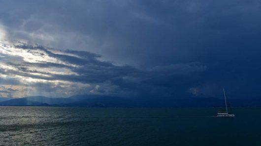 Καιρός: Έρχονται βροχές και καταιγίδες σε όλη τη χώρα