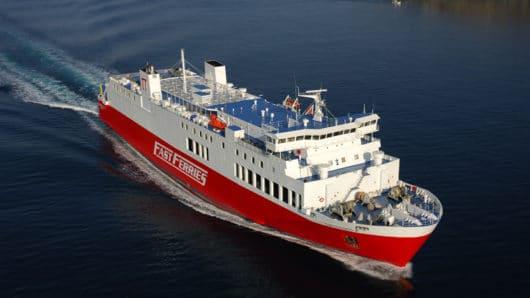 Κορωνοϊός: Ύποπτο κρούσμα σε πλοίο που έπλεε στις Κυκλάδες
