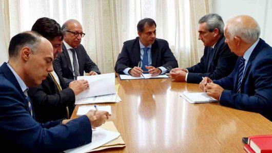 Επί νέας βάσης η συγκροτημένη διαχείριση των ζητημάτων της Σαντορίνης από Υπουργείο Τουρισμού, Περιφέρεια και Δήμο