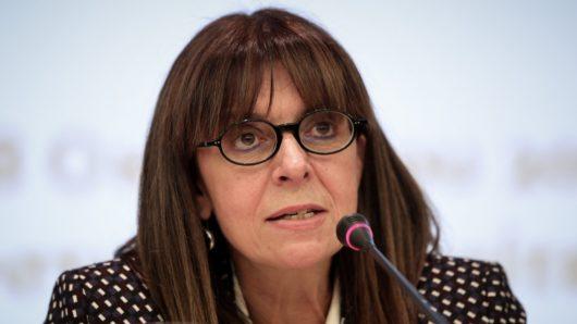 Αικατερίνη Σακελλαροπούλου: Κυκλαδίτισσες γυναίκες της πολιτικής μιλούν για την εκλογή της πρώτης Προέδρου της Ελληνικής Δημοκρατίας