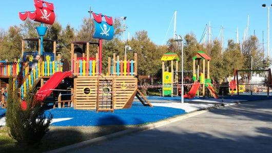 Δήμος Σύρου-Ερμούπολης: «Να ακολουθούνται πιστά τα μέτρα προστασίας στις παιδικές χαρές»