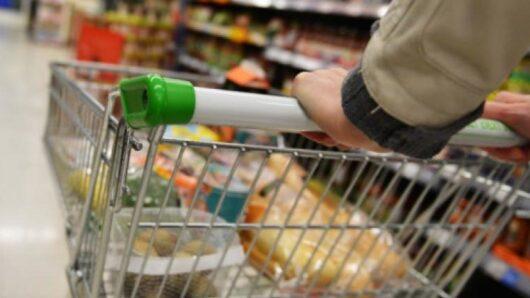 Την εφαρμογή ειδικών πρωτοκόλλων στα σούπερ μάρκετ ζητά ο ΣΥΡΙΖΑ