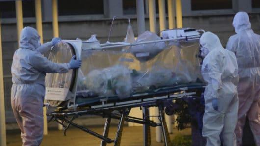 Σύρος: Θετικό κρούσμα κορωνοϊού μεταφέρθηκε σε νοσοκομείο αναφοράς της Αθήνας