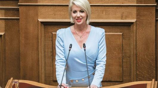 Η Κατερίνα Μονογυιού στο naxostimes.gr: «Είμαι απόλυτα ικανοποιημένη από την πορεία της Κυβέρνησης»