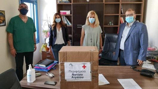 Ένας φορητός αναπνευστήρας παραδόθηκε από την περιφέρεια Ν. Αιγαίου στο νοσοκομείο Νάξου