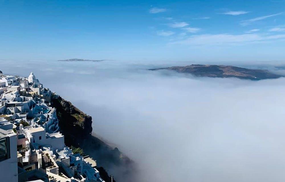 σύννεφα ηφαίστειο Σαντορίνης