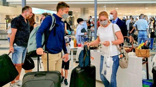 Παράταση των περιορισμών στις πτήσεις εσωτερικού