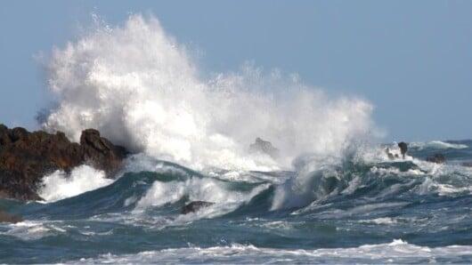 Θυελλώδεις βοριάδες: Πόρτο Τήνου, Ανάφη και Νάξος στις περιοχές με τις μέγιστες ριπές ανέμου