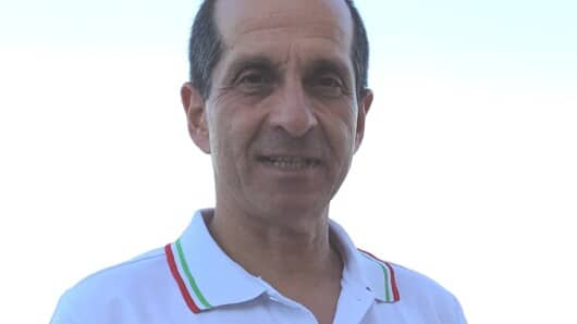 """Αντώνης Καρατάσος: «Το κράτος επιδοτεί την """"παραοικονομία""""»"""