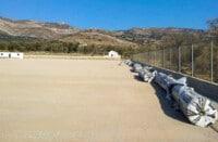 τοποθέτηση του συνθετικού χλοοτάπητα στο γήπεδο ποδοσφαίρου «Νίκος Βλακός»