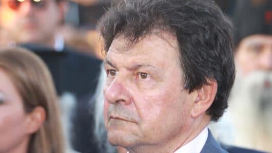 Πέθανε από τον κορωνοϊό ο πρώην δήμαρχος Πάρου Χρήστος Βλαχογιάννης