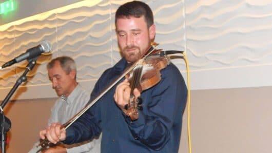 Η Αμοργός και ο βιολιστής  Γιακουμής Γαβράς στα «Ελλήνων Δρώμενα» της ΕΡΤ3 την Τρίτη
