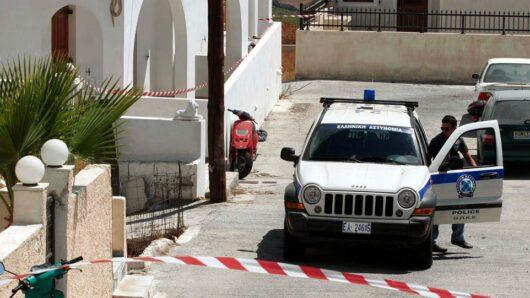 Η επίσημη ανακοίνωση της Αστυνομίας για την εξιχνίαση της δολοφονίας του 69χρονου ξενοδόχου στη Σαντορίνη