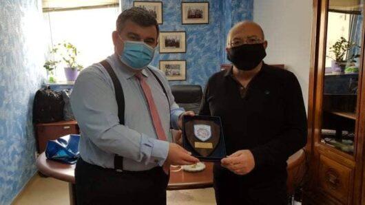 Βράβευση του Διοικητή των Νοσοκομείων Σύρου-Νάξου από την Ένωση Ραδιοερασιτεχνών Κυκλάδων