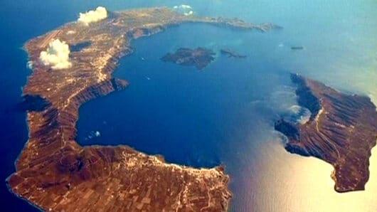 Σαντορίνη: Πολυανθεκτικά μικρόβια βρέθηκαν στο υποθαλάσσιο ηφαίστειο Κολούμπος