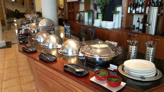 Πως θα λειτουργήσουν ξενοδοχεία και τουριστικές επιχειρήσεις – Όλα τα υγειονομικά πρωτόκολλα