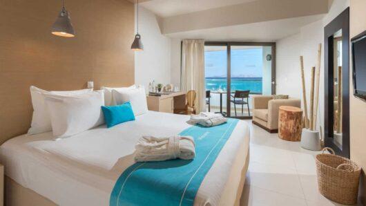 Τα πρώτα 7 ξενοδοχεία ή καταλύματα καραντίνας σε Μύκονο, Σαντορίνη, Κρήτη, Κω, Ρόδο και Κέρκυρα