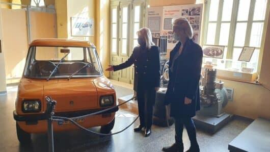 Επίσκεψη της Κατερίνας Μονογυιού στο Βιομηχανικό Μουσείο Ερμούπολης