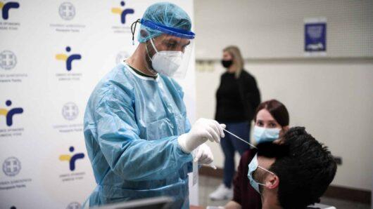 Συνεχίζεται η διενέργεια δωρεάν rapid tests στην Ερμούπολη