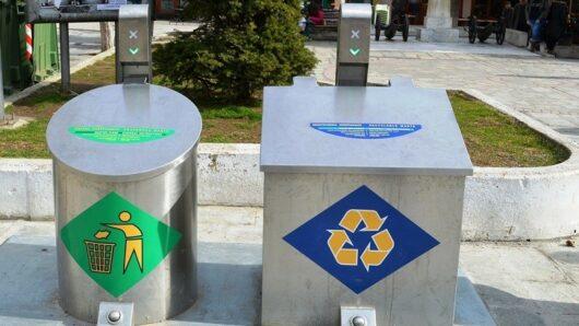 Προμήθεια και εγκατάσταση οικολογικών συστημάτων βυθιζόμενων κάδων σε δυο σημεία της Ερμούπολης ανακοίνωσε ο Δήμος