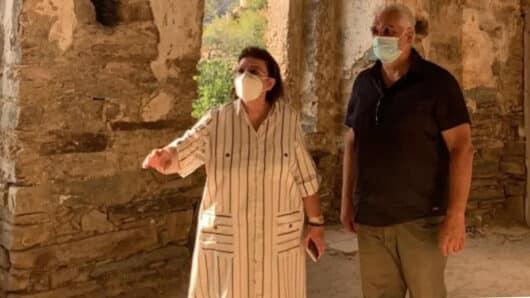Επίσκεψη Λίνας Μενδώνη σε έργα πολιτισμού της Νάξου – Τι δήλωσε η υπουργός