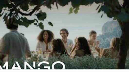 Το «απέραντο γαλάζιο» της Αμοργού στη νέα διαφήμιση της ΜΑNGO – Δείτε το βίντεο